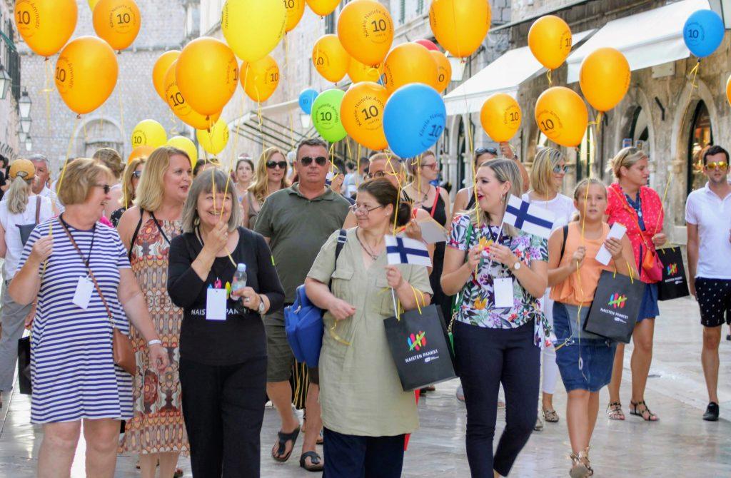 Dubrovnik Kävele Naiselle Ammatti