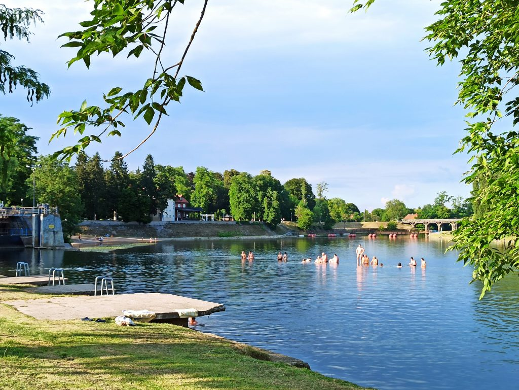Karlovac Korana-joki uimaranta